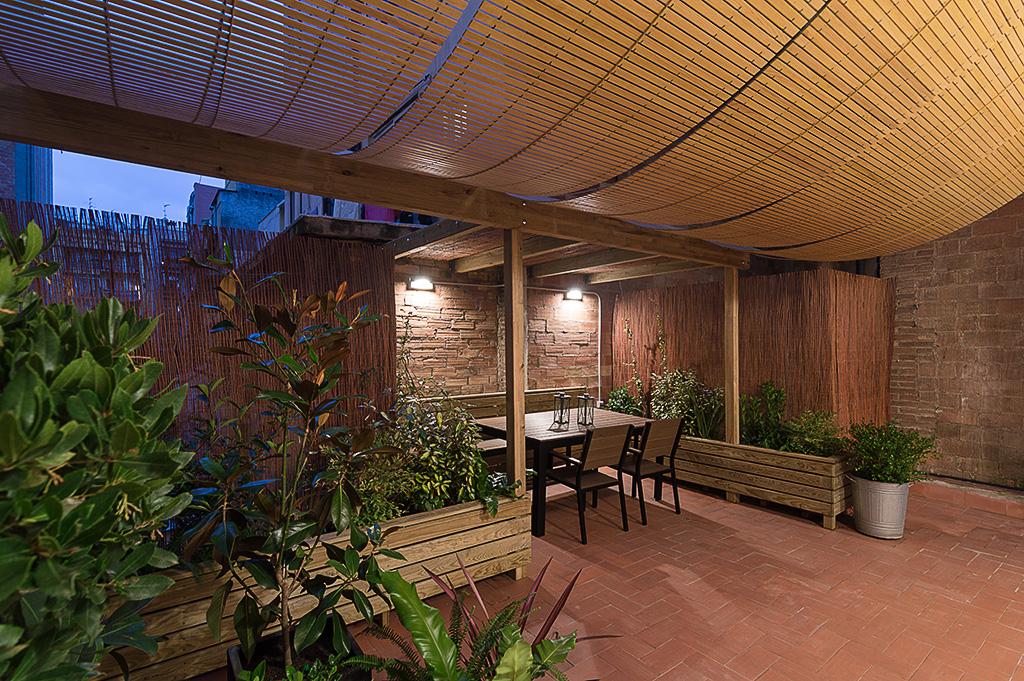 Dise o espacio exterior terraza barcelona ffwd - Arquitectos terrassa ...