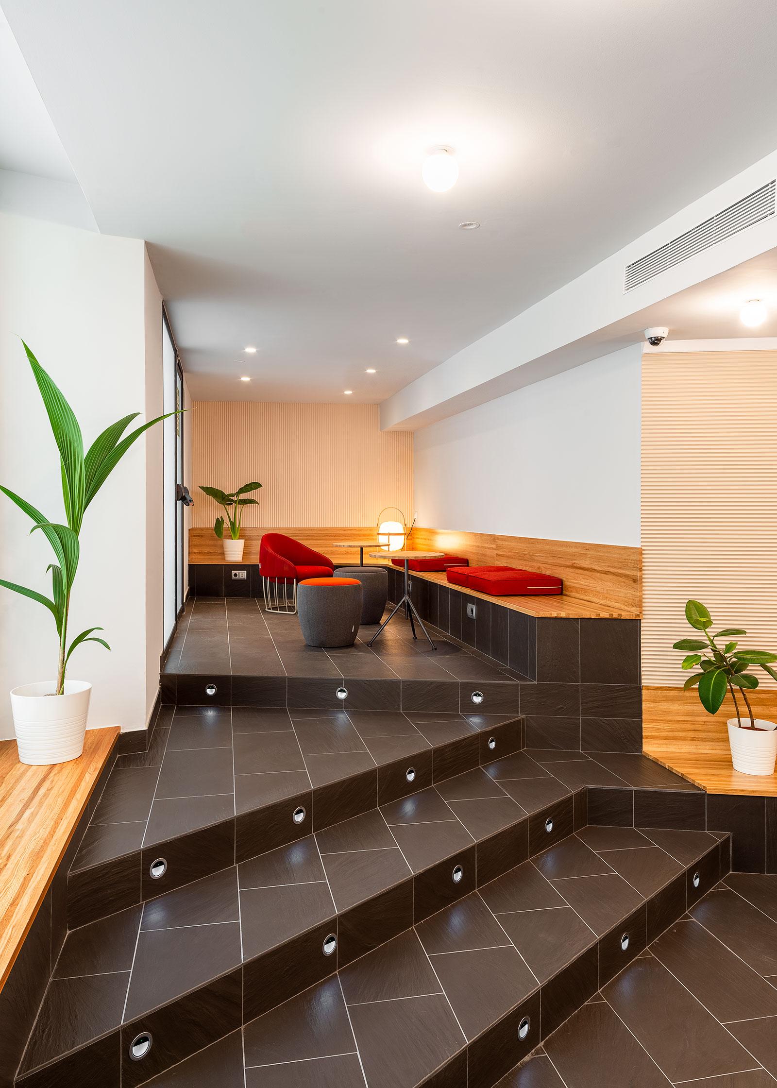 Interiorismo del vestíbulo del Hotel Ciutat de Barcelona FFWD